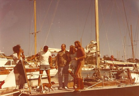 photo-hc-avec-eric-tabarly-johnny-hallyday-et-sylvie-vartan