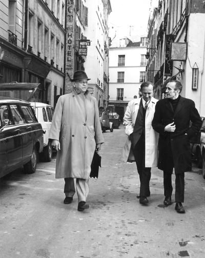 H. Charrière, Jean-Pierre Castelnau, directeur littéraire des Editions Pauvert et Roger-Jean Ségalat, documentaliste.